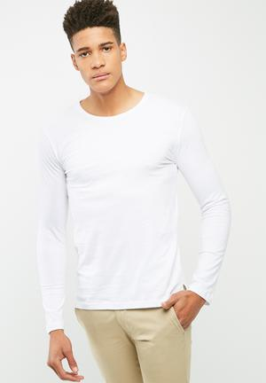 Basicthread Plain Tail Crew Neck Tee T-Shirts & Vests White