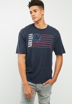 Jack & Jones Originals Nirvana Box Fit Tee T-Shirts & Vests Navy