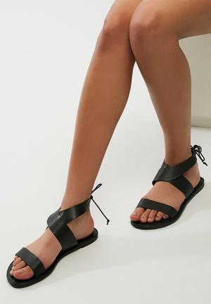 Dailyfriday Arianna Leather Sandal Black