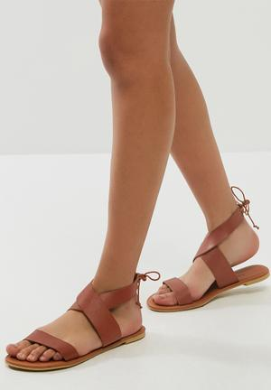 Dailyfriday Arianna Leather Sandal Brown