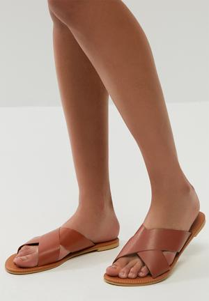 Dailyfriday Ciara Leather Sandal Brown