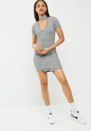Missguided Choker Neck Short Sleeve Bodycon Dress Casual Grey, Black & White
