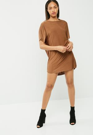 Missguided Oversized Slinky Dress Casual Brown