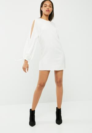 Missguided Split Sleeve Tie Cuff Shift Dress Occasion White