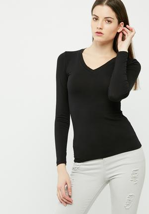 Dailyfriday Fitted V-neck Top T-Shirts, Vests & Camis Black