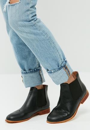 Dailyfriday Anzio Boots Black