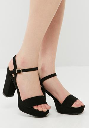 Dailyfriday Isabella Block Heel Black