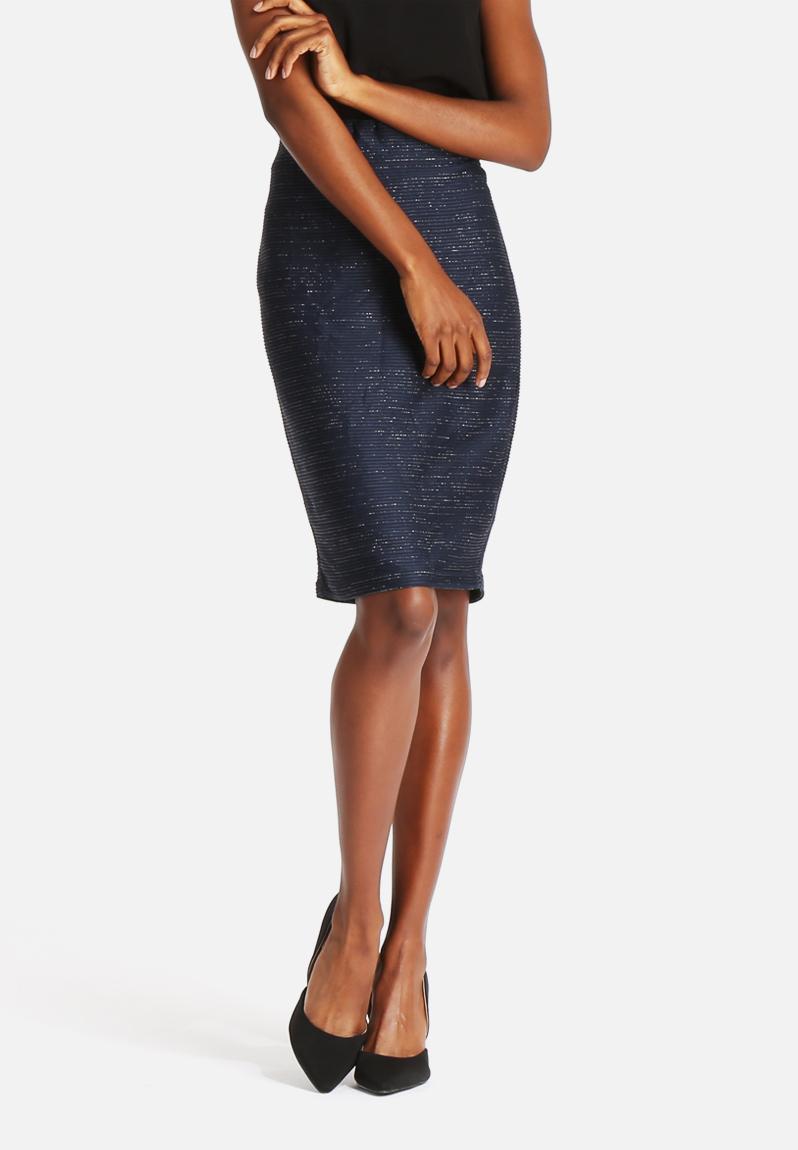 issa hw above knee skirt black iris vero moda skirts