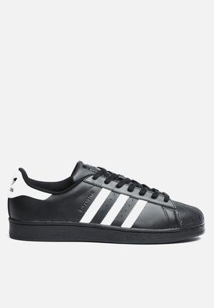 Adidas Originals Superstar Foundation Sneakers Black & White